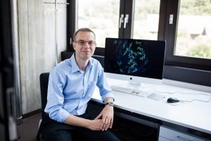 Martin Jenik erhält Young Investigator Award - Foto: Universität Zürich