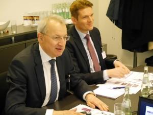 Der scheidende und der neue Geschäftsführer - Dr. Wolfgang Schmitz und Dr. Torsten Derr | Foto: Österreichische Chemie Zeitschrift
