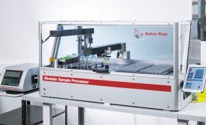 Kompakte Bench-Top-Plattform: Der Modulare Probenprozessor von Anton Paar ist eine Anlage für die Probenvorbereitung beispielsweise bei der Chromatographie-Analyse im Hochdruck-Durchsatz.   Foto: Festo