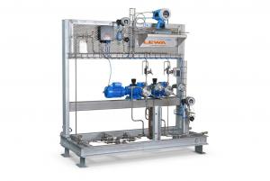 Mit der Lewa ecofoam-Anlage lassen sich Treibmittel wie CO2, Propan, Butan, halogenierter Kohlenwasserstoff und Pentan mengengenau in die Kunststoffschmelze eines Extrusionsprozesses eindosieren. | Foto: LEWA GmbH