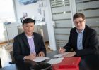 Inc. CEO William Yang, und der General Manager der Anton Paar OptoTec GmbH, Nils Bertram | Foto: Anton Paar