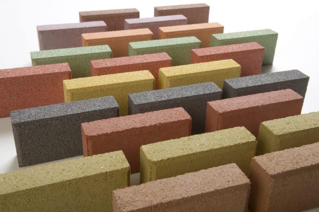 Anorganische Pigmente u.a. der Marken Bayferrox werden im 3D-Betondruck eingesetzt. | Foto: LANXESS