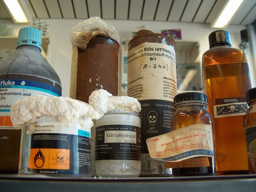 Wissenschafter fordern einen globalen Wissenschaftsrat, der sich mit grenzüberschreitenden Umweltproblemen mit Chemikalien lösungsorientiert befasst.   Foto: Romeo Scheidegger, Pixabay