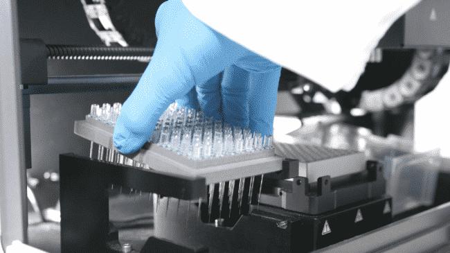 White FOx FO-SPR instrument | Foto: FOx BIOSYSTEMS
