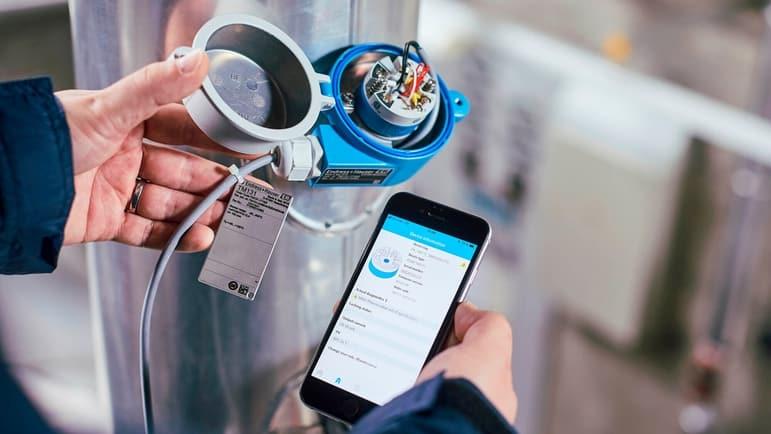 Durch die Einhaltung der zertifizierten Leitfäden der IEC 62443-4-1 trägt Endress+Hauser zum zuverlässigen und sicheren Betrieb seiner Produkte in den Anlagen seiner Kunden bei. | Foto: Endress+Hauser